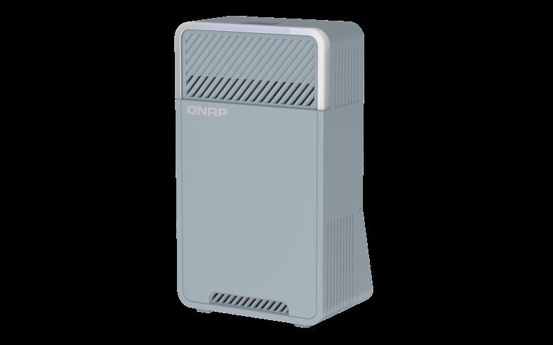 QNAP třípásmový Wi-Fi SD-WAN Mesh router QMiro-201W (2xGbE / 1xUSB 3.2 / Bluetooth / 4 int. antény)